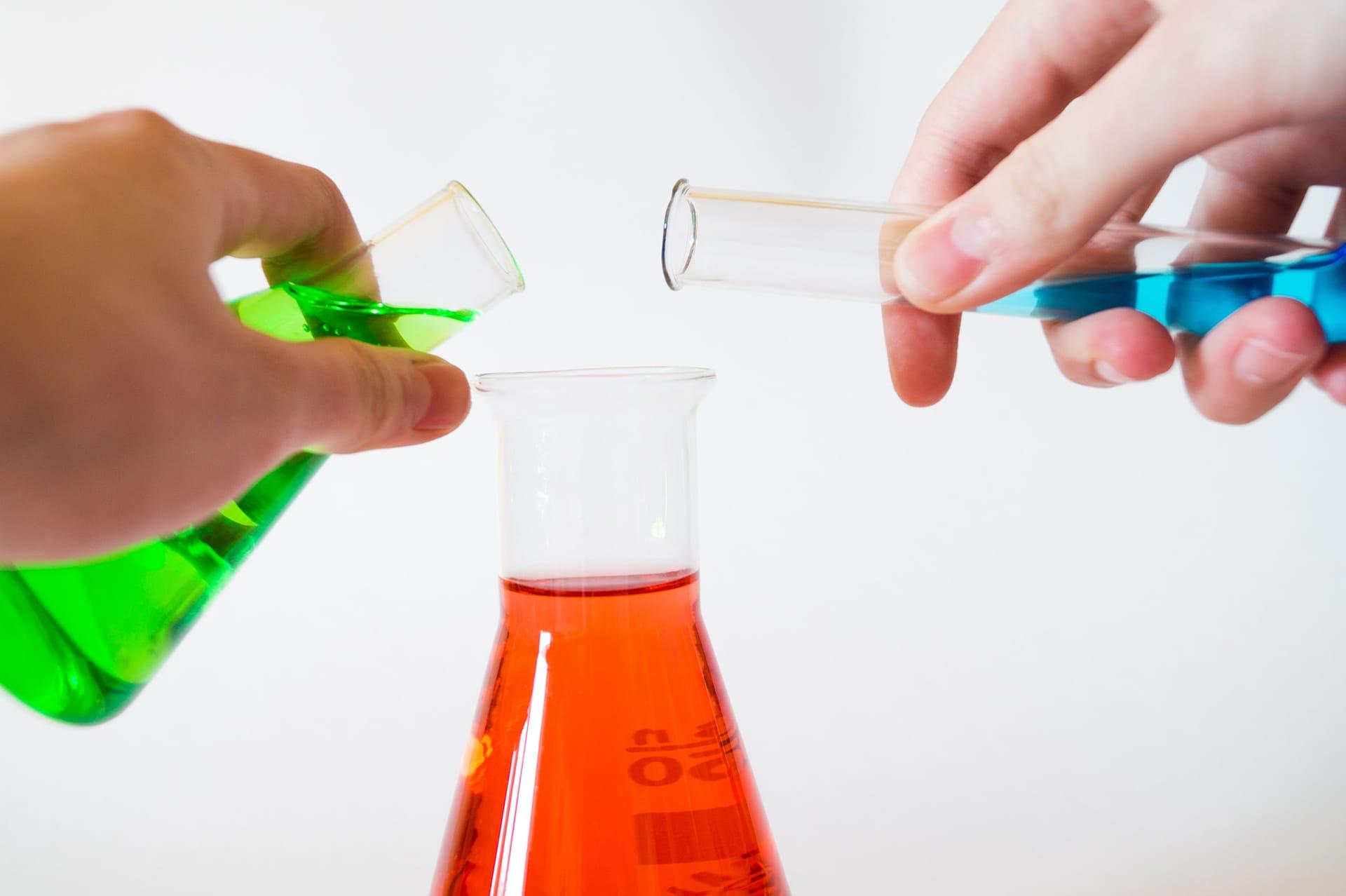 Antyoksydanty – dlaczego warto włączyć je do odtrucia alkoholowego? - KacDoktor